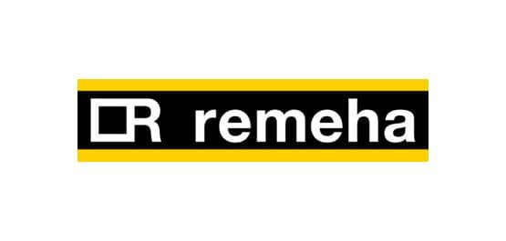 Remeha, geschrieben in weiß auf schwarzem Untergrund. Darüber und darunter ein gelber Strich.