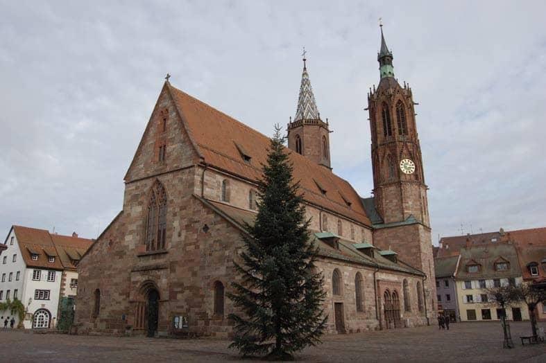 Außenansicht des Münsters in Villingen.