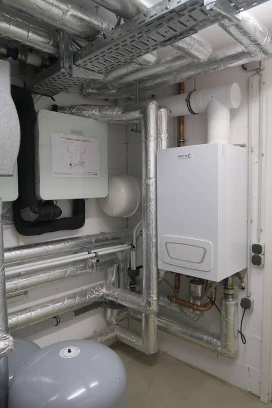 Gas-Brennwertgerät WGB 50h Installiert im Keller