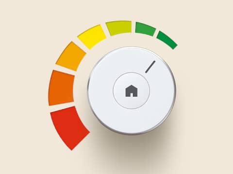 A round, white control element, which can be turned on and off. The colours of the ErP guidelines are arranged around the left side of the rotary knob.